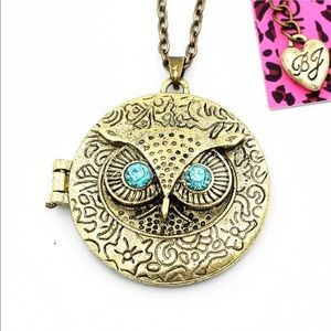 Retro Owl 🦉Locket Necklace